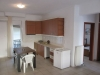 grcka-nea-vrasna-apartmani-alexandros-kuhinja sa stolom
