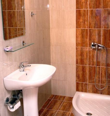 vila-elpis-nea-vrasna- kupatilo