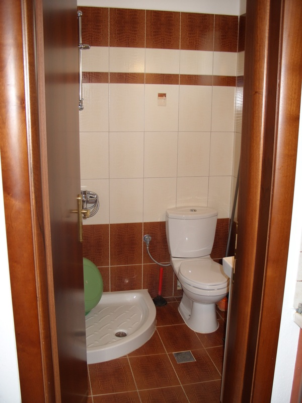 vila-tasos-nea-vrasna-kupatila